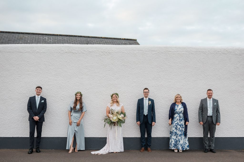 Jack and Katie the Ramble Inn Bar Restaurant Elopement wedding photography family social distancing