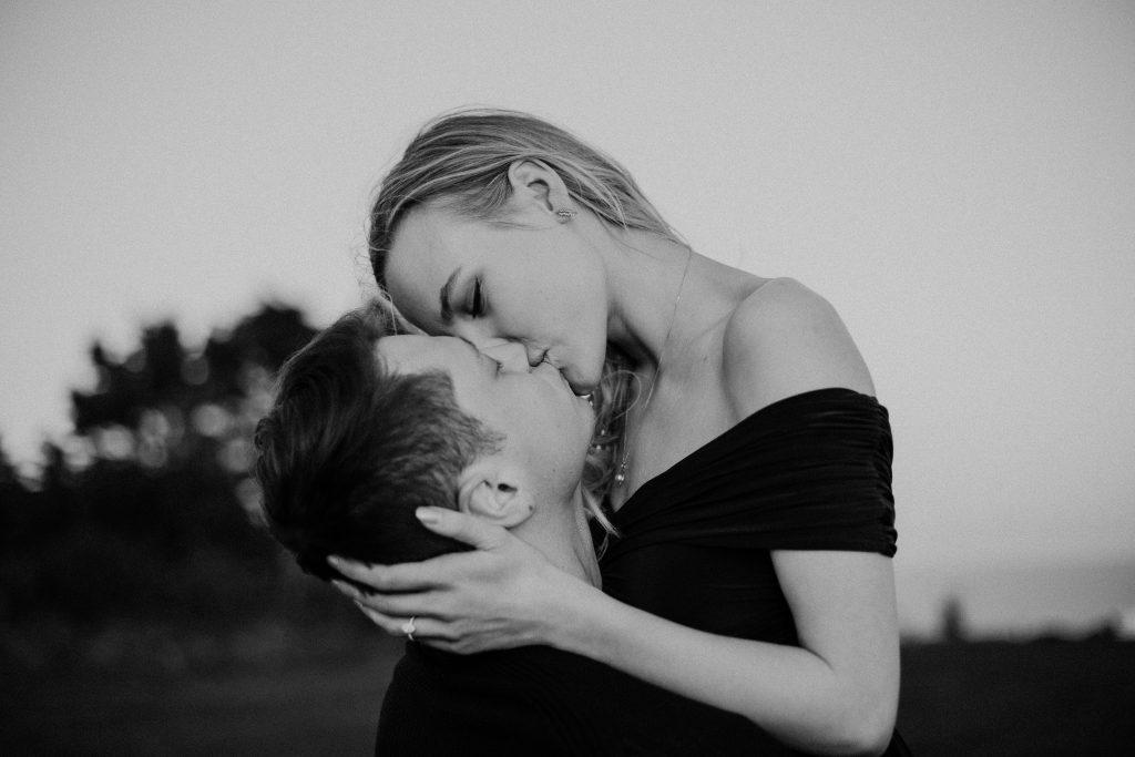 Áine + Slavik engagement shoot howth black and white kiss