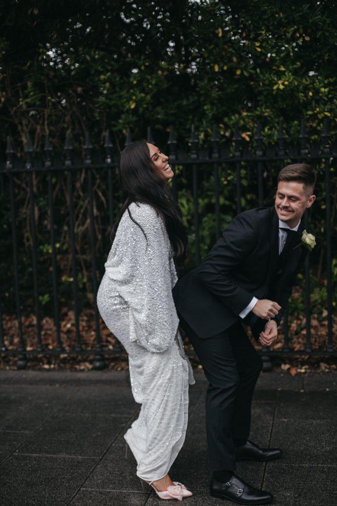 Troy and Laura Dublin City Wedding st stephens green twerking couple